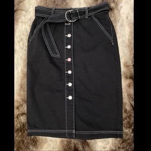 Forever 21 high waist black casual button front F2